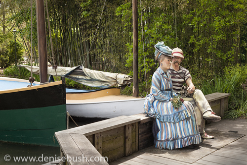 'Dockside Rendezvous'  © Denise Bush • Scuplture by Seward Johnson