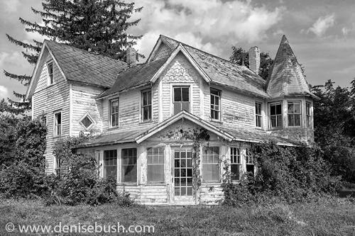 'Sea Captain's House'  © Denise Bush